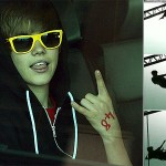 'Dangerous creature' Justin Bieber bungy-jumps in New Zealand