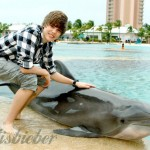 Justin-Bieber-is-the-Bahamas-justin-bieber-11629142-500-333